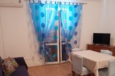 Apartments Peric Marija - Lopar, living room, TV with satellite channels, air conditioning